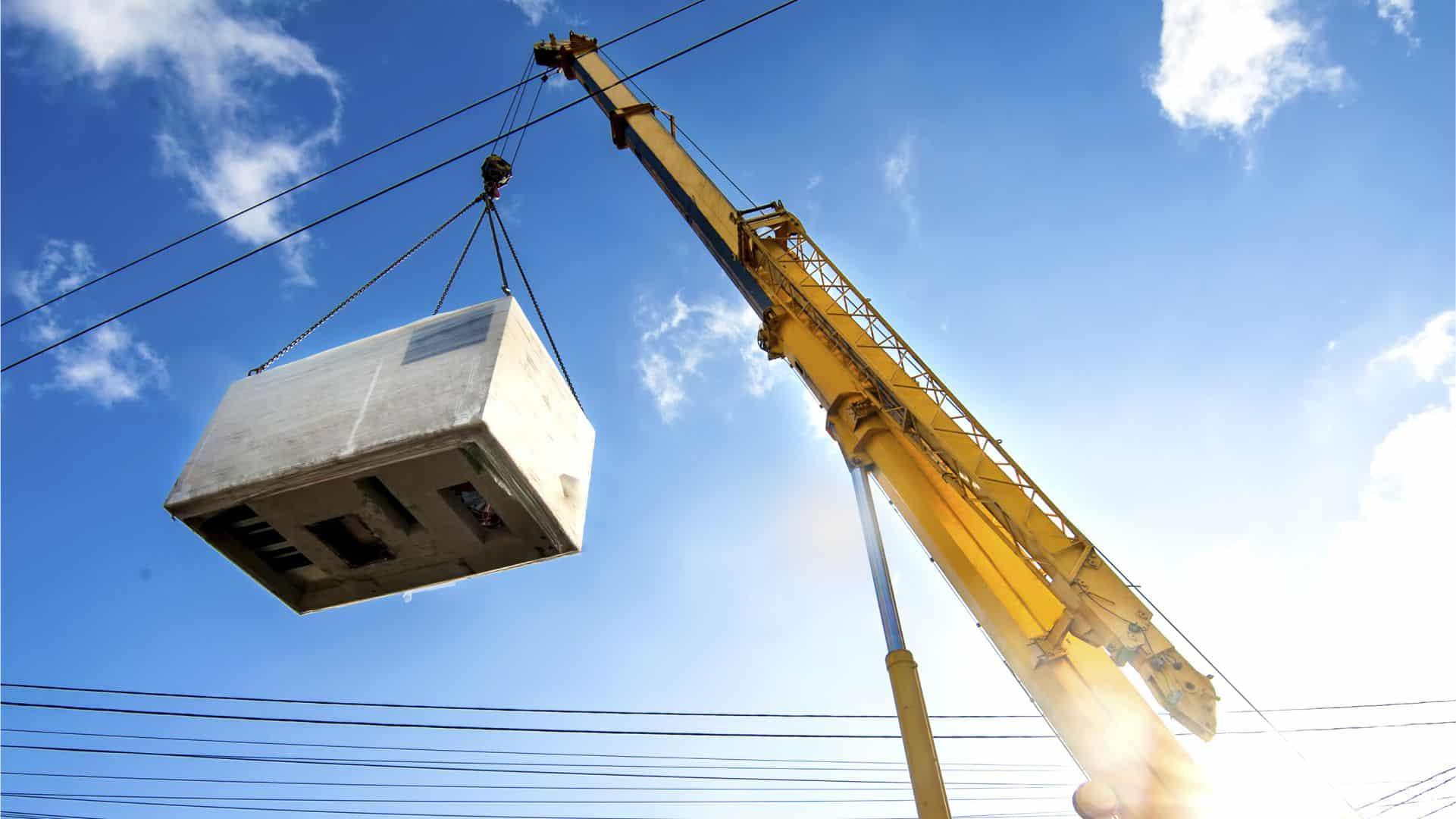 Modular Building Crane Lift